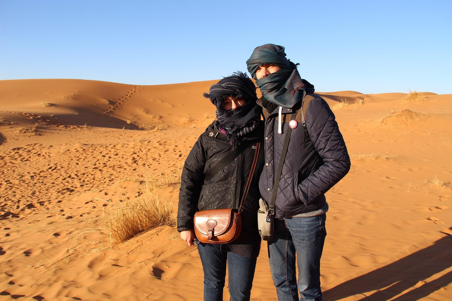 Noi a Merzouga (deserto del Sahara) durante l'inverno