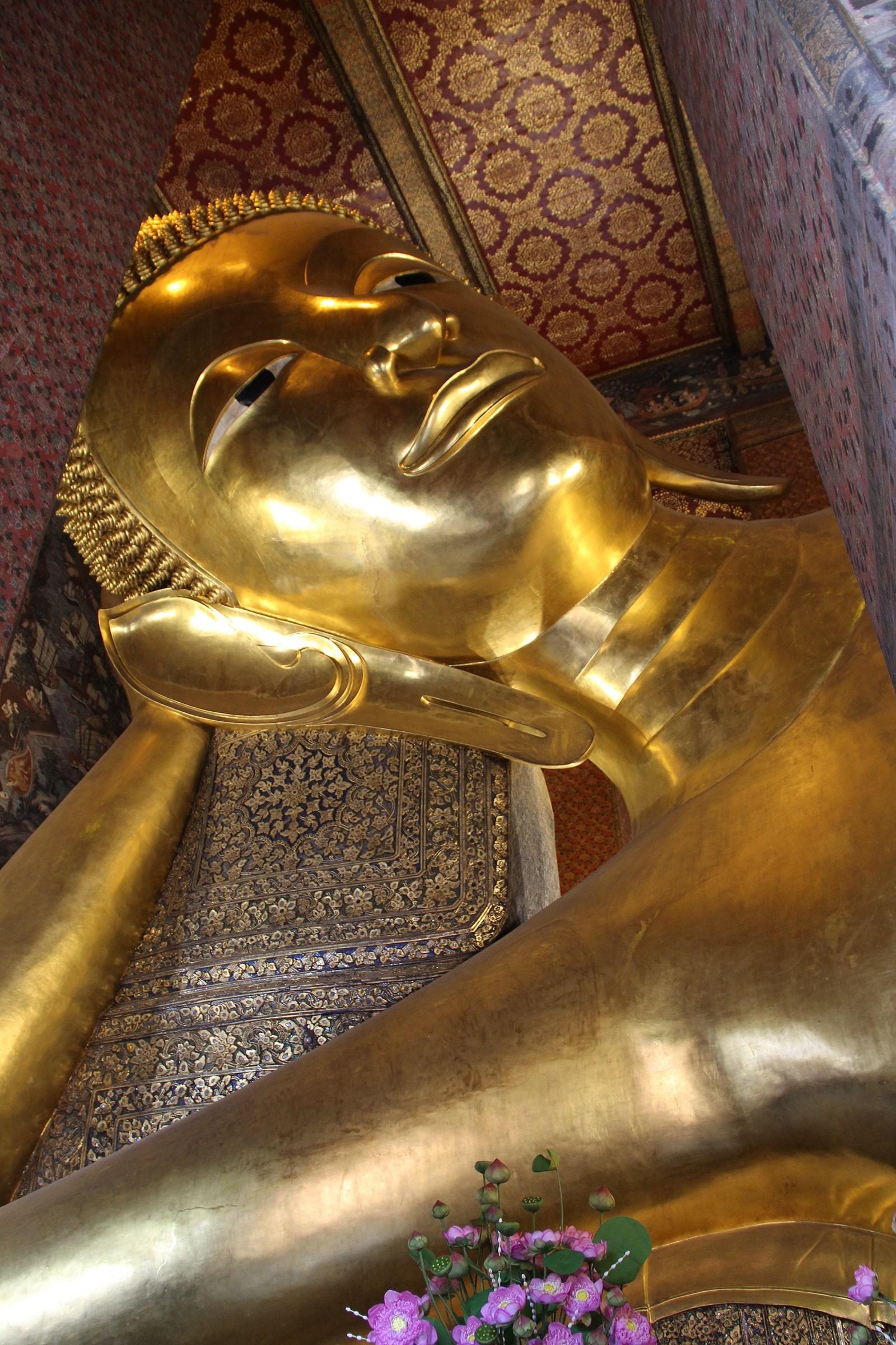 Testa del Buddha sdraiato - Wat Pho, Bangkok