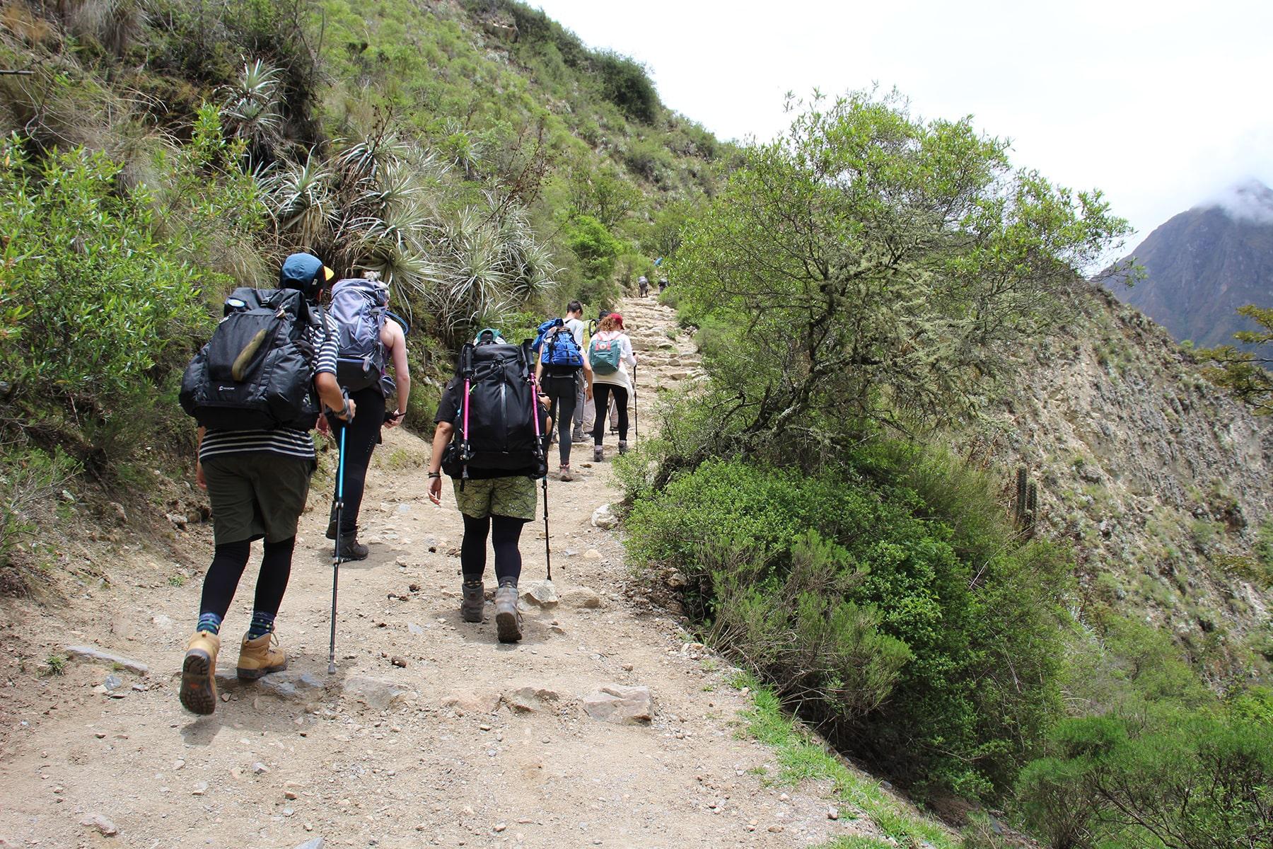 chemin 1er jour randonnée Inca Trail