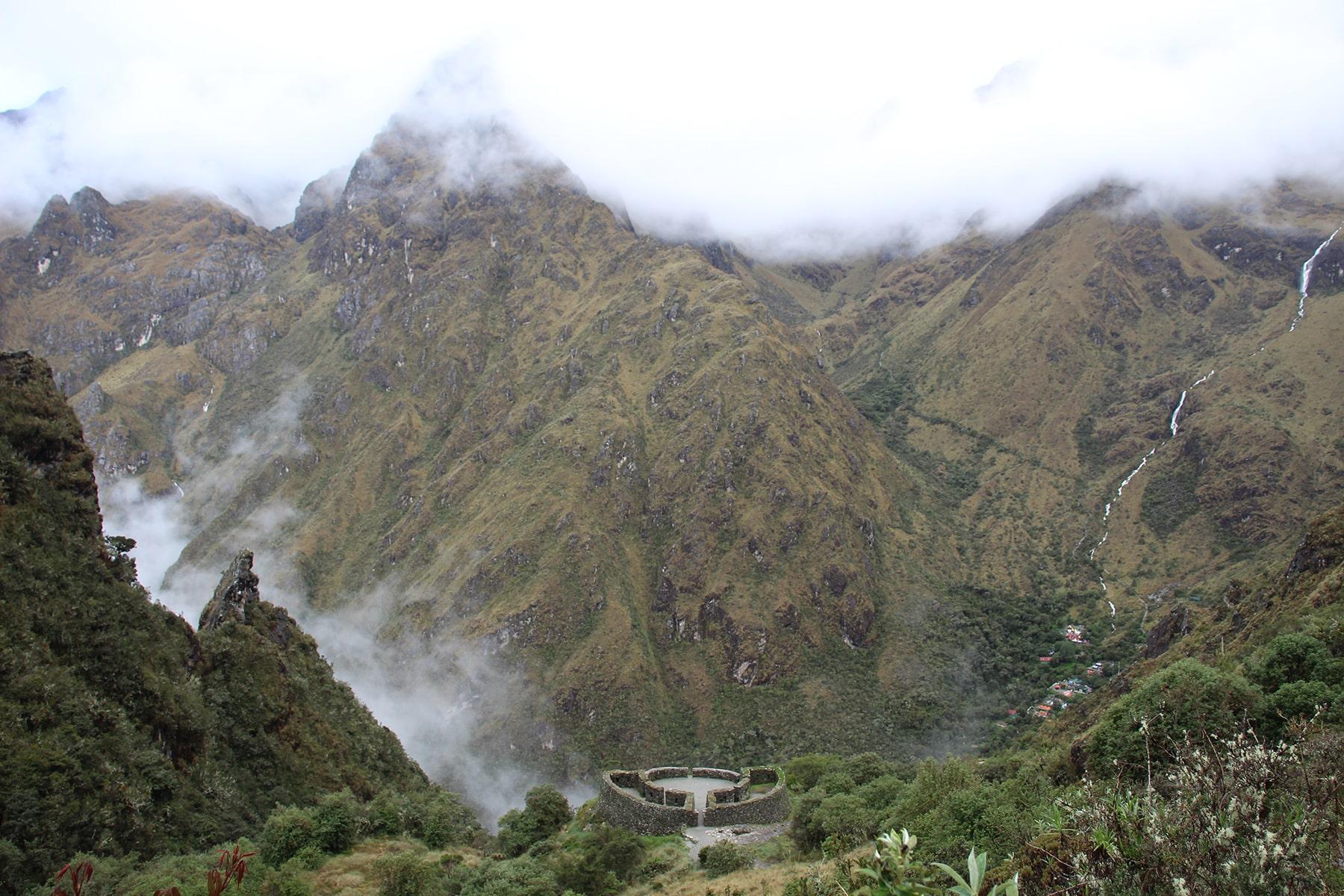 Le site de Runcu Raccay, Inca Trail