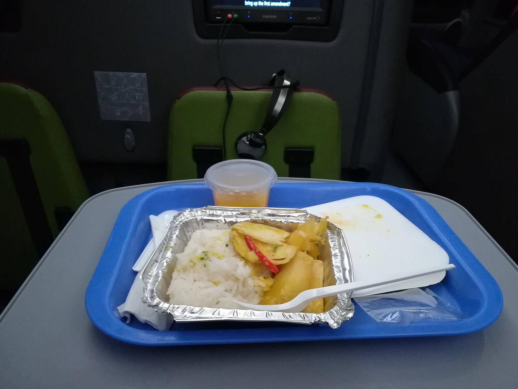 Le dîner dans le bus Oltursa