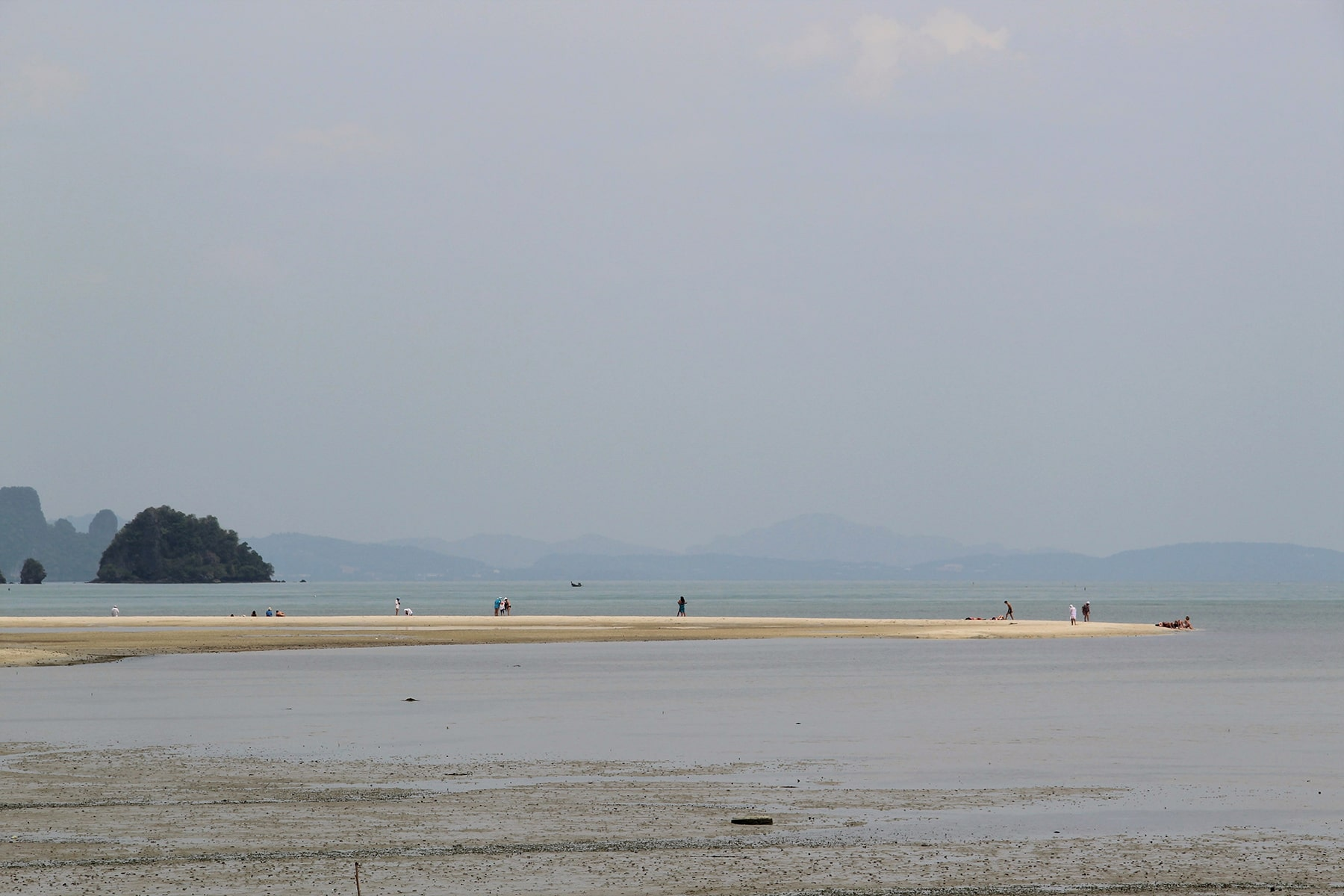 The strip of beach with low tide at Hua Lam Laad Beach - Koh Yao Yai island